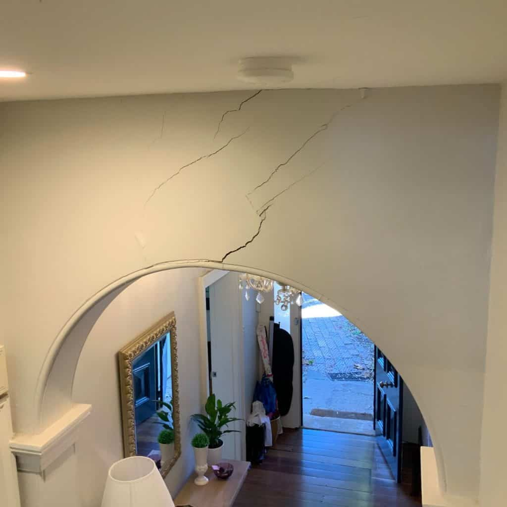 Wall crack above arch found in inner west home